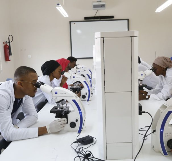 Top 10 Best Medical Schools/Universities In Nigeria To Study Medicine